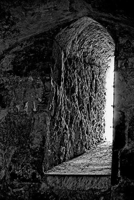 inside-a-tomb